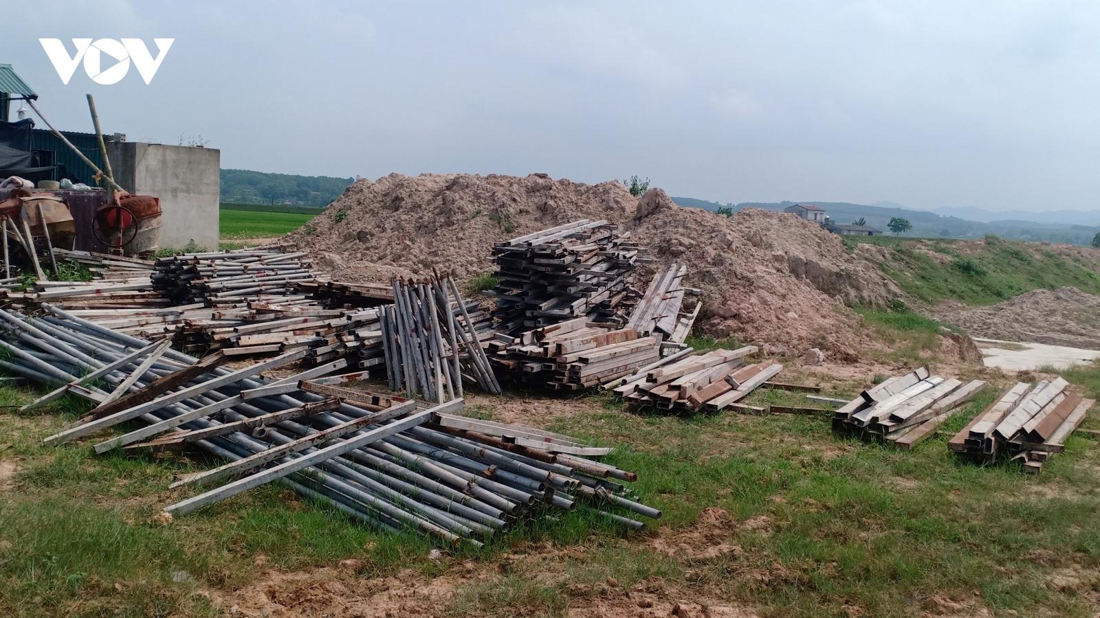 """Thanh Hoá: Dân """"khát"""" nước sạch, dự án ì ạch"""