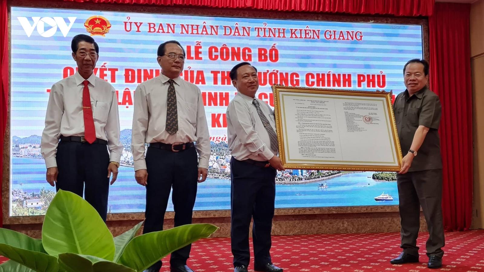 Công bố quyết định của Thủ tướng Chính phủ thành lập Khu kinh tế cửa khẩu Hà Tiên