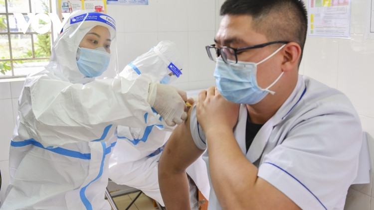 More than 58,000 Vietnamese people vaccinated against SARS-CoV-2