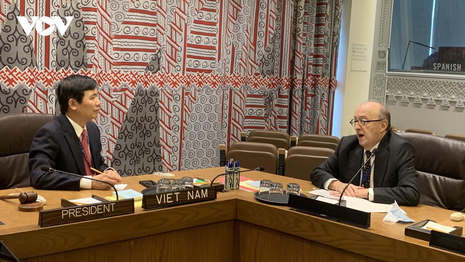 Việt Nam luôn ủng hộ tiến trình hòa bình tại Colombia