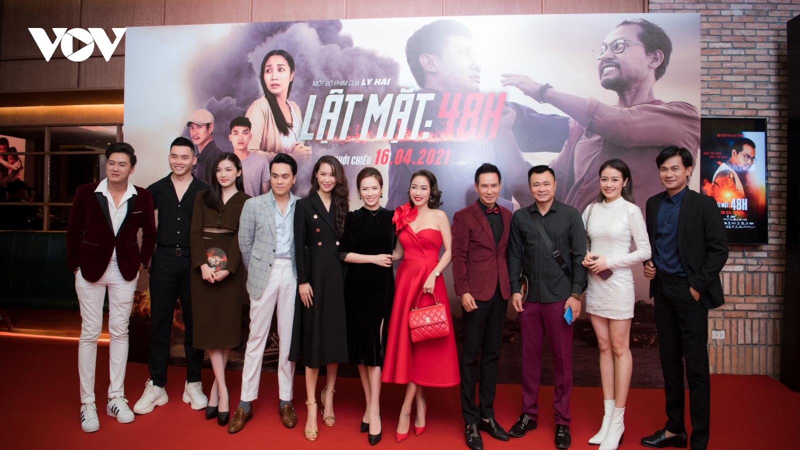 """Dàn sao nô nức đến ủng hộ phim """"Lật mặt: 48H"""" tại Hà Nội"""