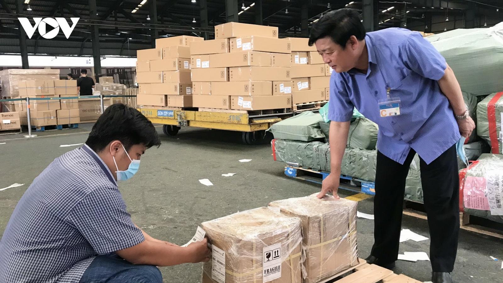 Lô hàng dược liệu đầu tiên của nông dân Quảng Trịxuất khẩu sang Mỹ