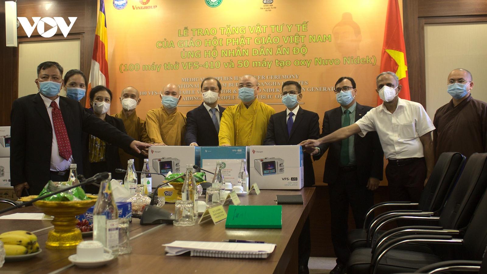 Giáo hội Phật giáo Việt Nam trao tặng máy thở, máy tạo oxy cho nhân dân Ấn Độ