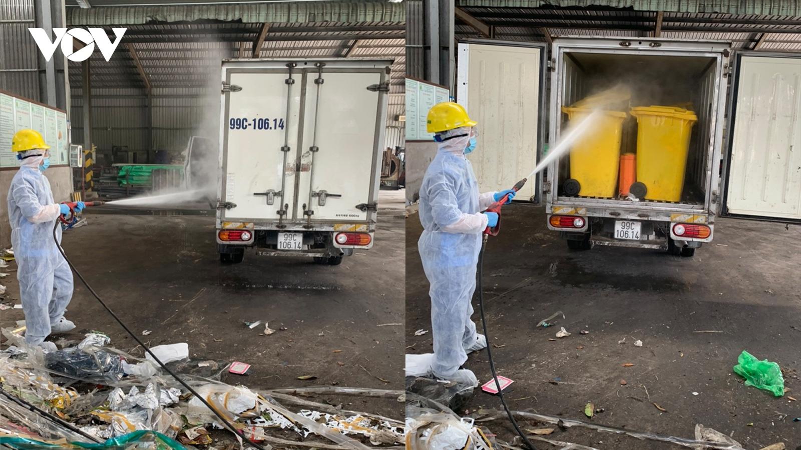 Cận cảnh thu gom rác trong các khu cách ly, phong tỏa ở vùng dịch Thuận Thành