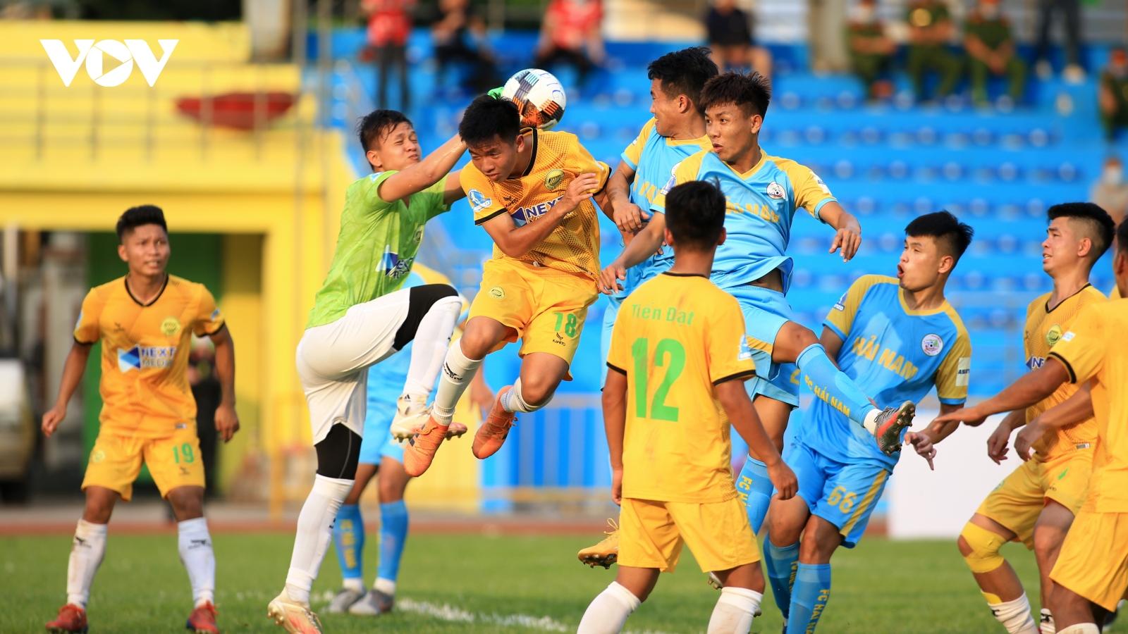 Khởi tranh Giải bóng đá hạng Nhì QG 2021: Hòa Bình chia điểm cùng Vĩnh Phúc
