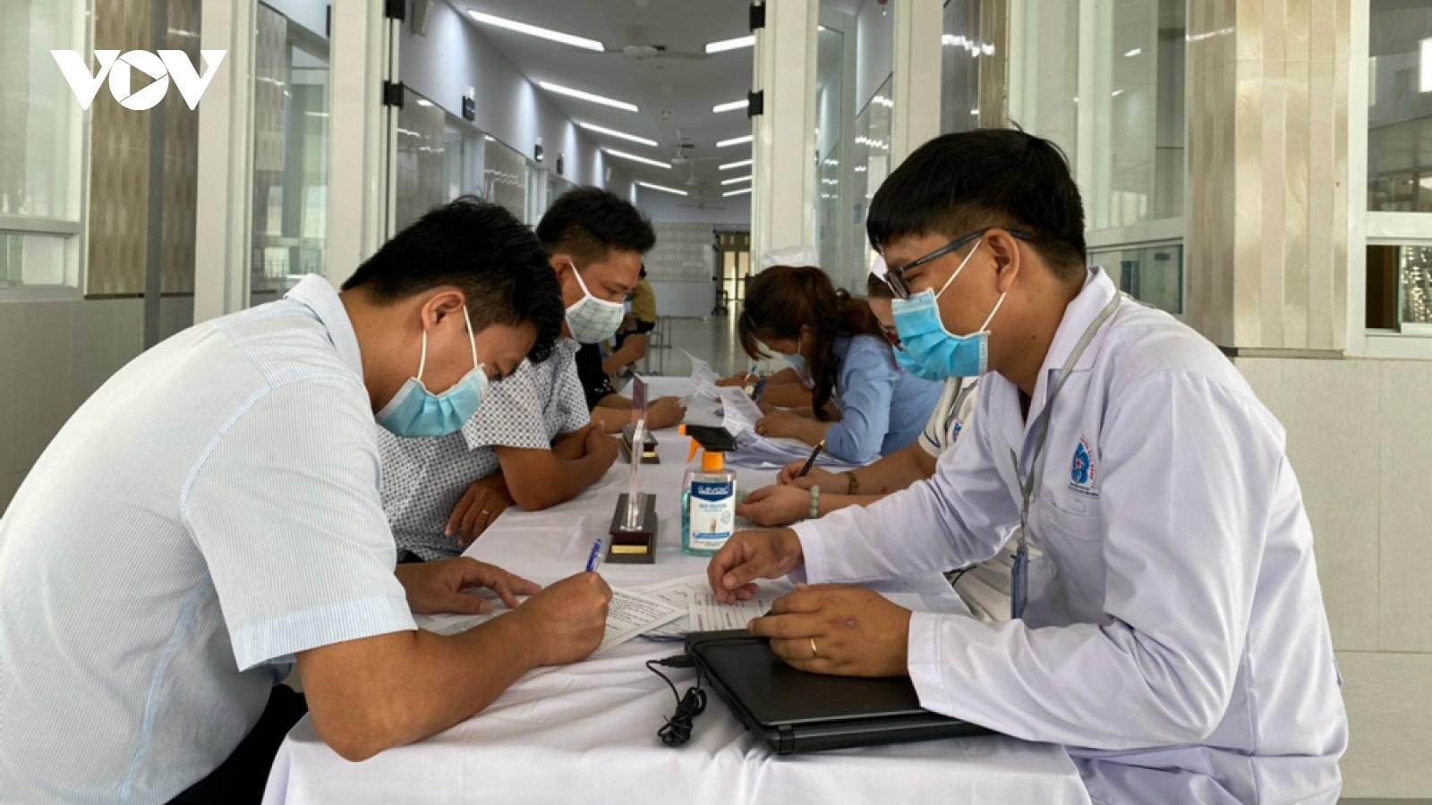 63 người ở Bình Dương liên quan các ca mắc Covid-19 âm tính với SARS-CoV-2