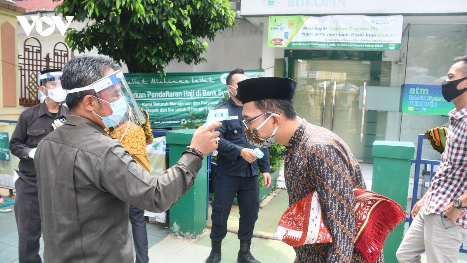 Indonesia lo chống dịch dịp lễ Eid Al-Fitr, Thái Lan có 34 ca Covid-19 tử vong trong ngày