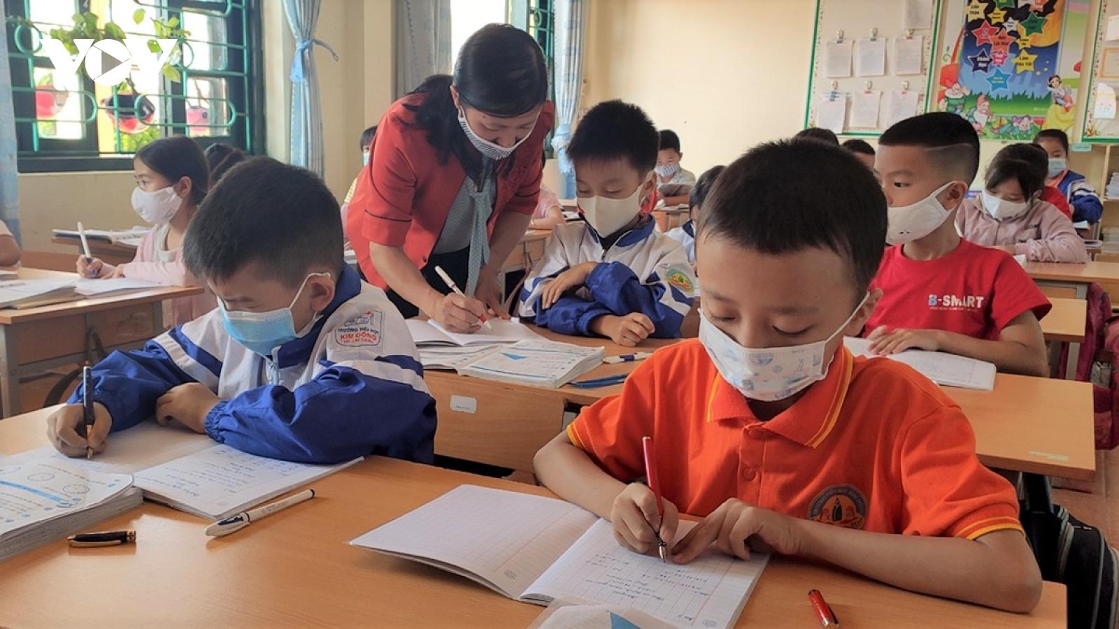 Lai Châu gấp rút hoàn thành chương trình năm học, đảm bảo mục tiêu kép