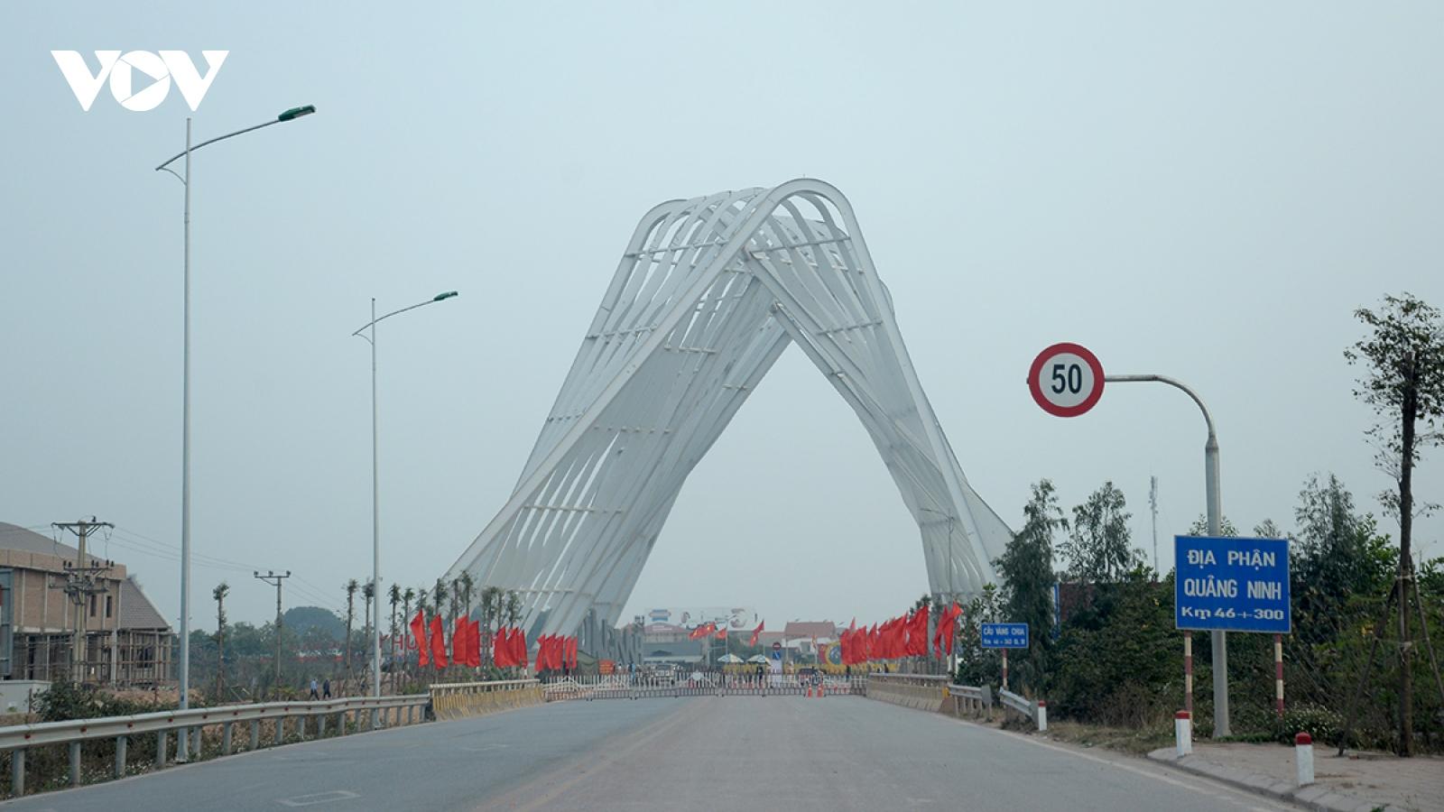 Quảng Ninh đóng cứng Chốt kiểm soát liên ngành trên Tỉnh lộ 345 sang Bắc Giang