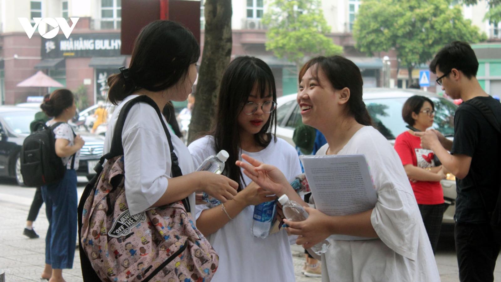 Bộ GD-ĐT công bố danh sách thí sinh được miễn thi tốt nghiệp, tuyển thẳng đại học
