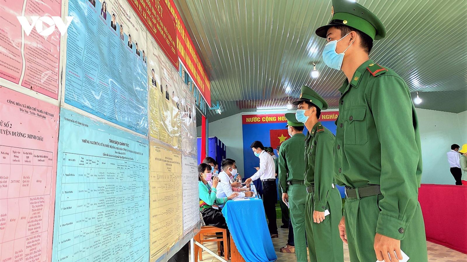 Tây Ninh bầu đủ số đại biểu HĐND 3 cấp