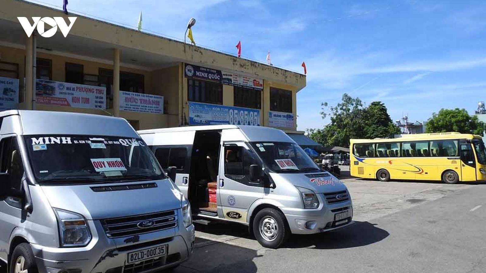 Người dân Kon Tum tiết giảm việc đi lại phòng dịch COVID-19