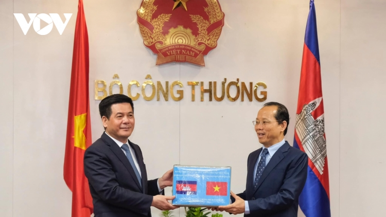 Vietnam, Cambodia agree upon a range of trade promotion measures