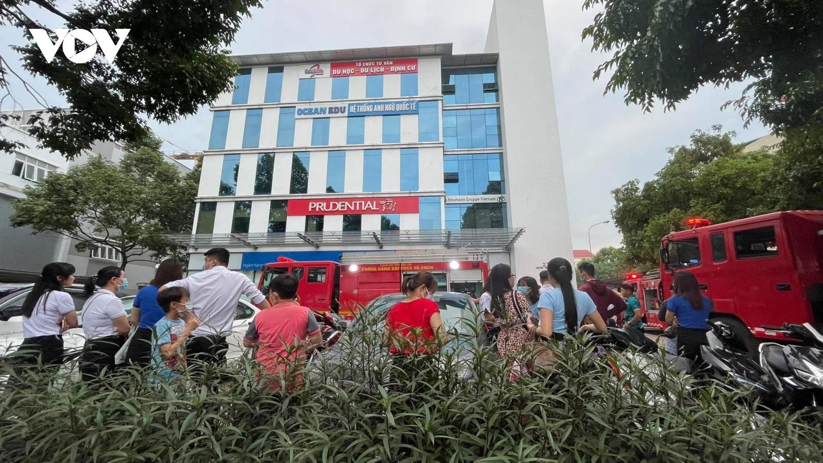 Đắk Lắk: Cháy toà nhà của ngân hàng, bảo hiểm, trung tâm anh ngữ