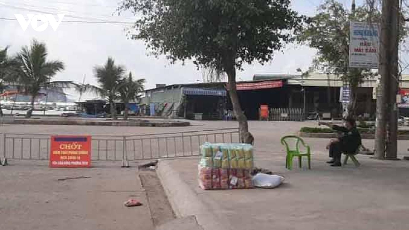 Đóng cửa chợ cá Bến Do, TPCẩm Phả do có trường hợp tiếp xúc với BN Covid-19