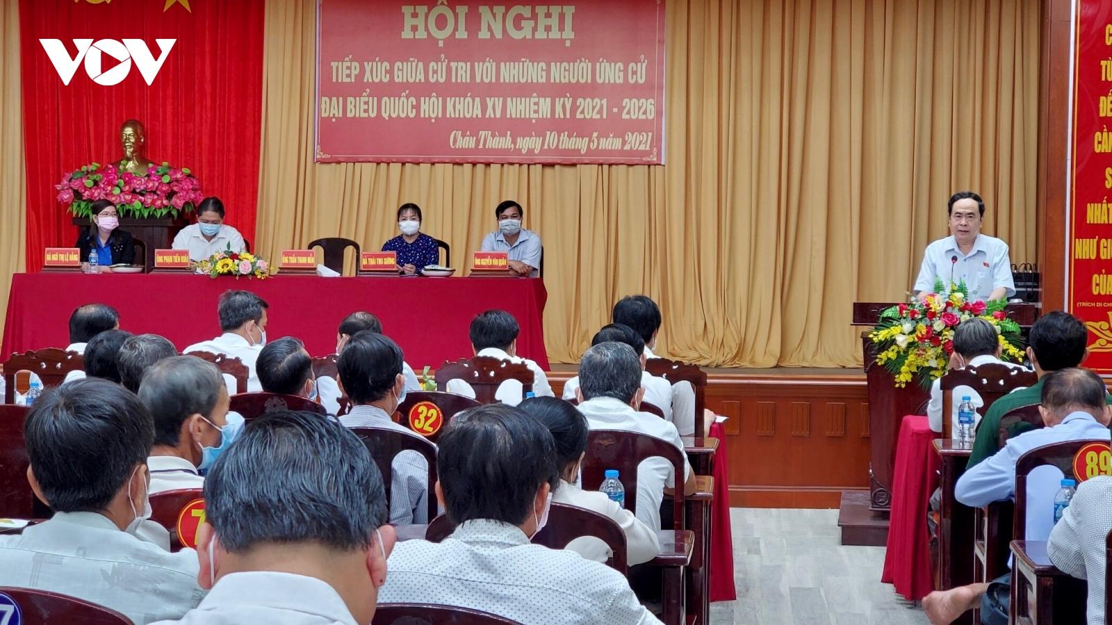 Ứng cử viên đại biểu Quốc hội khóa XV tại nhiều địa phươngtiếp xúc cử tri