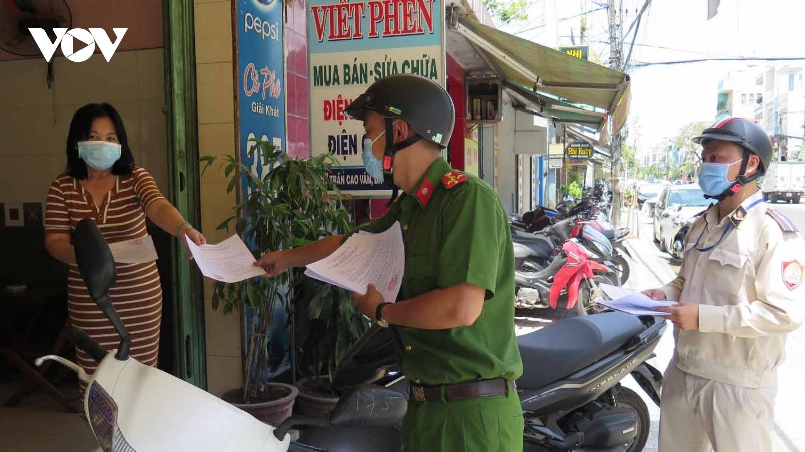 Người dân Đà Nẵng ủng hộ dừng hoạt động cửa hàng dịch vụ ăn uống tại chỗ để phòng dịch