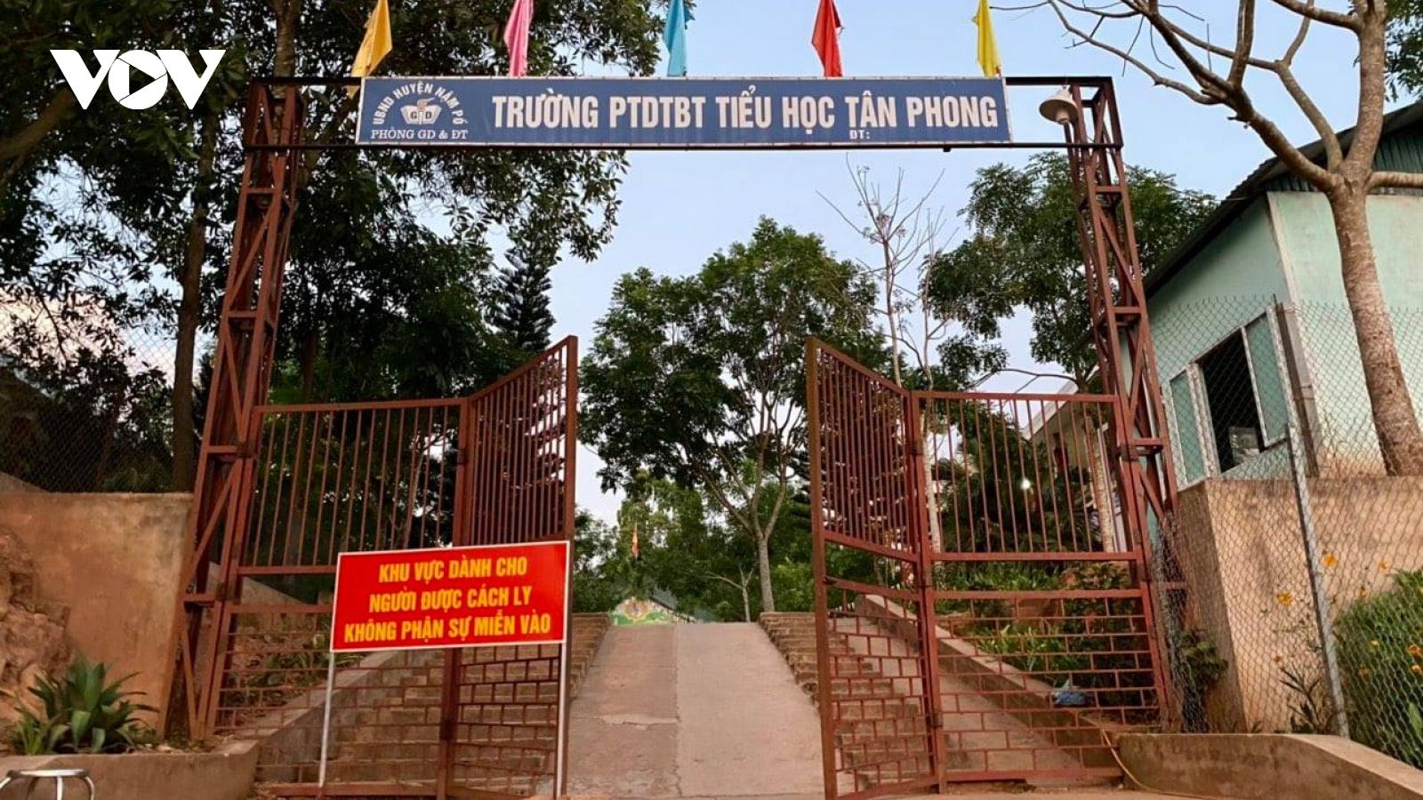 Đình chỉ 3 cán bộ liên quan đến chùm ca COVID-19 tại xã Si Pa Phìn, Điện Biên