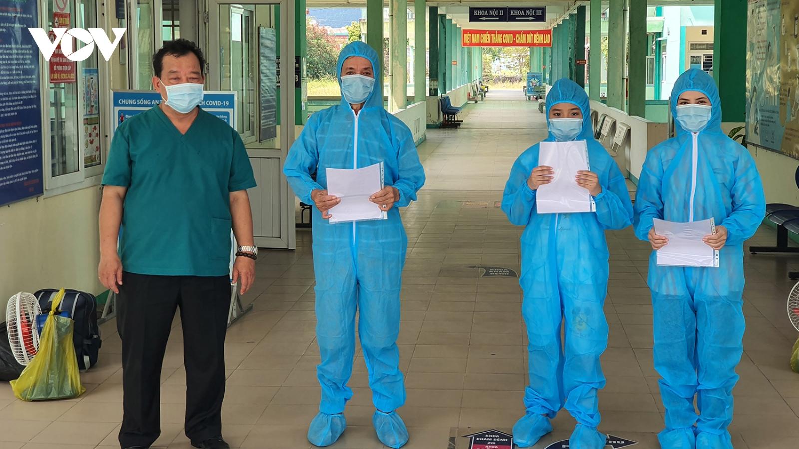 Thêm 3 bệnh nhân hết Covid-19 ở Đà Nẵng ra viện