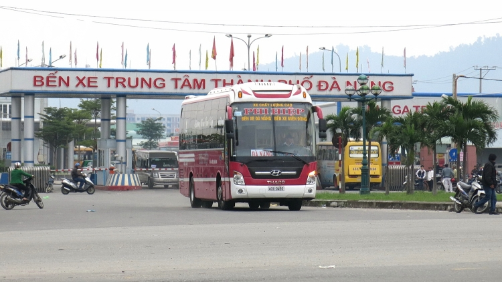 Dừng vận chuyển hành khách từ Đà Nẵng đi, đến 6 tỉnh, thành phố