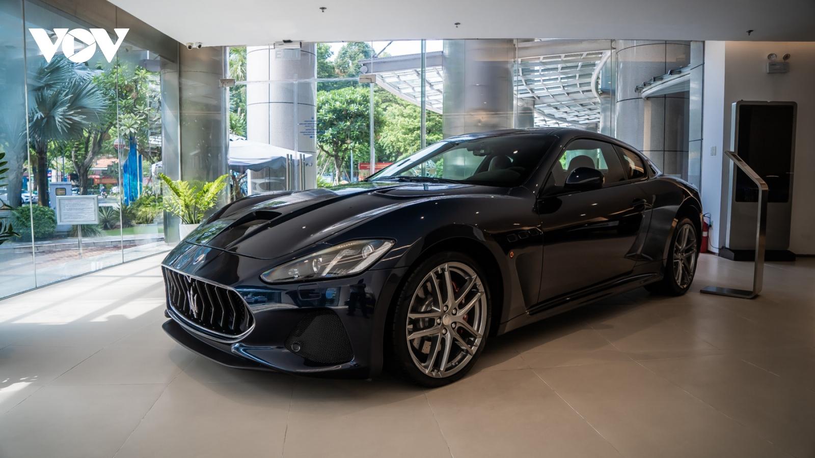 Cận cảnh Maserati GranTurismo bản nâng cấp giá gần 14 tỷ đồng tại Việt Nam