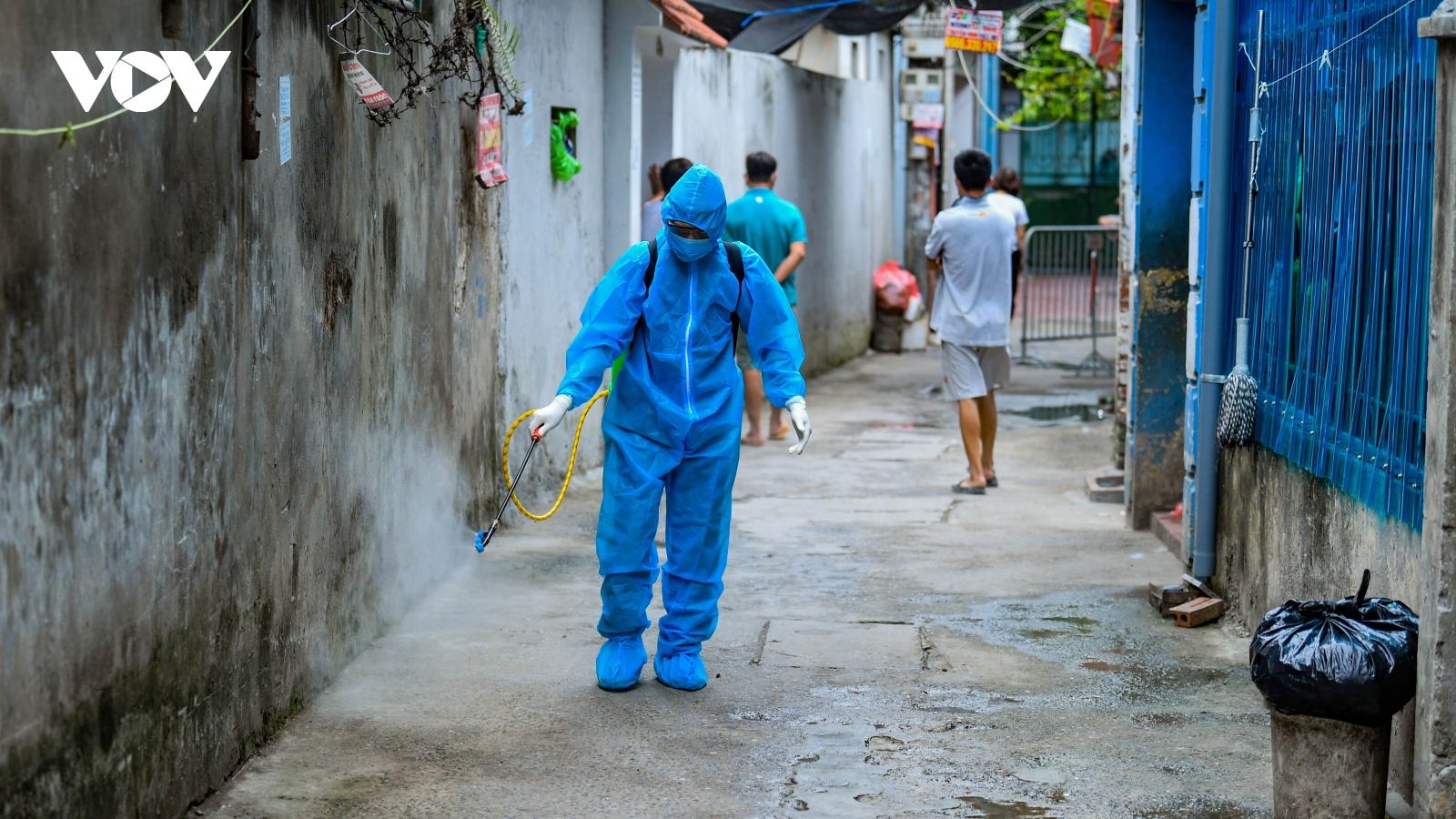 Phong tỏa khu vực bệnh nhân Covid-19 sinh sống tại Triều Khúc, Hà Nội
