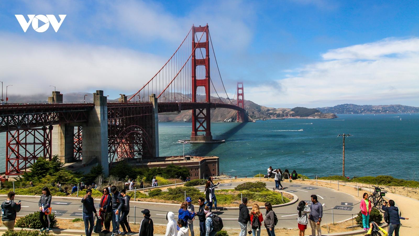 """Các """"ông lớn"""" ngành du lịch Mỹ kêu cứu"""