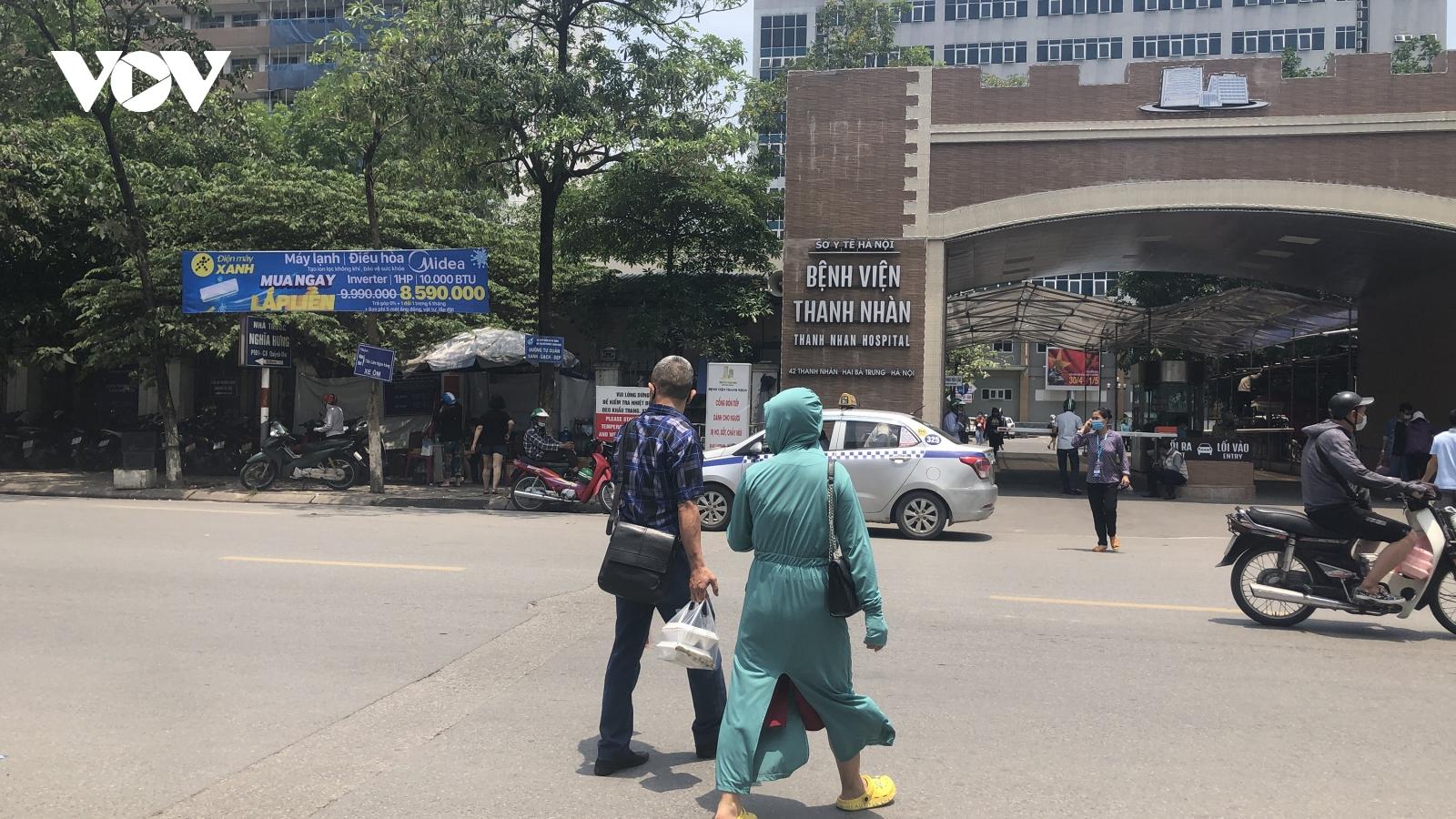 Chủ tịch TP Hà Nội chỉ đạo lập danh sách quản lý người lao động, chuyên gia tại các KCN