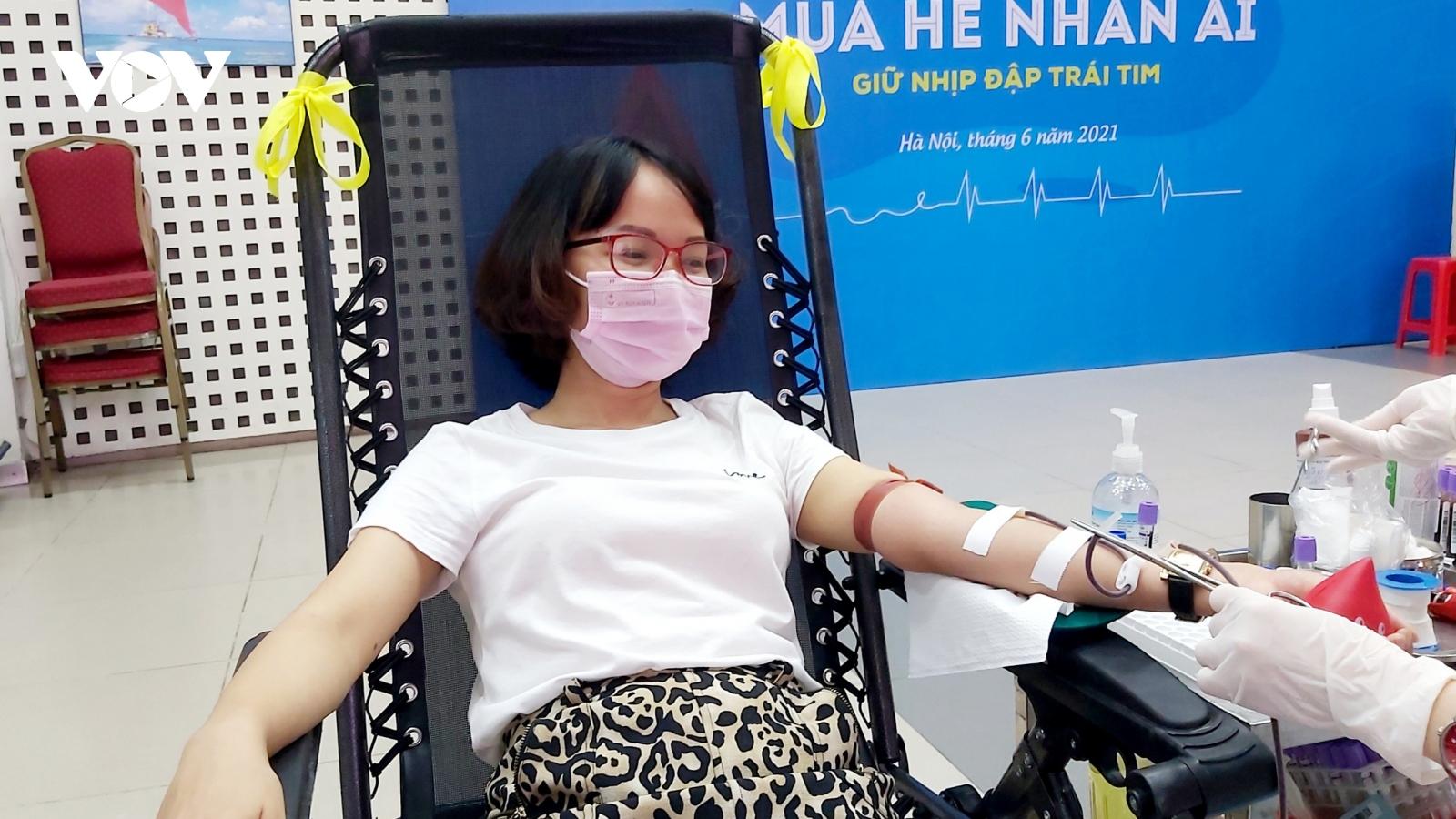 Nhiều kế hoạch hiến máu bị hoãn do dịch, lượng máu điều trị giảm sút trầm trọng