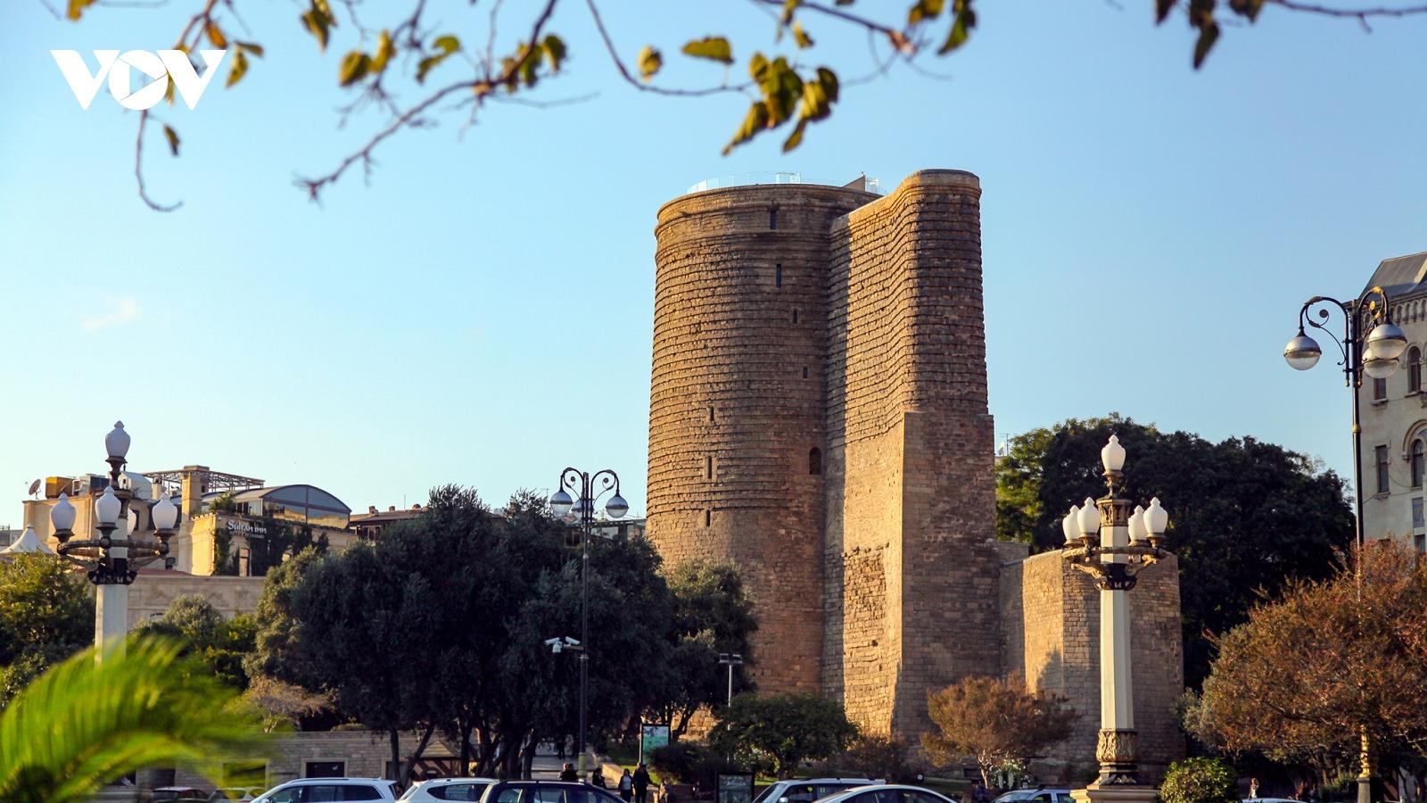 Azerbaijan - quốc gia tuyệt đẹp nằm giữa châu Âu và châu Á