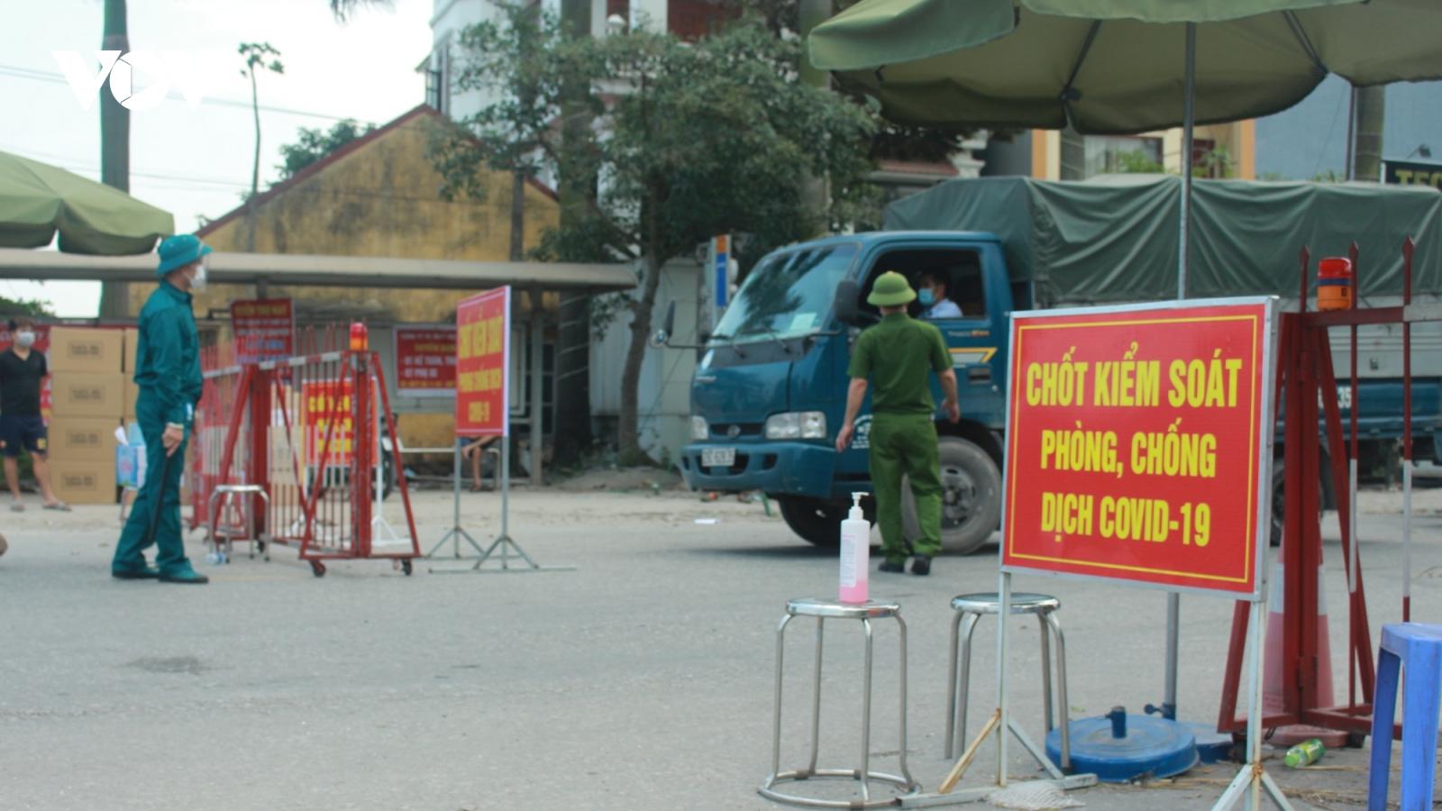 """Các chốt kiểm soát dịch Covid-19 ở Thuận Thành là """"lá chắn"""" ngăn chặn dịch bệnh lây lan"""