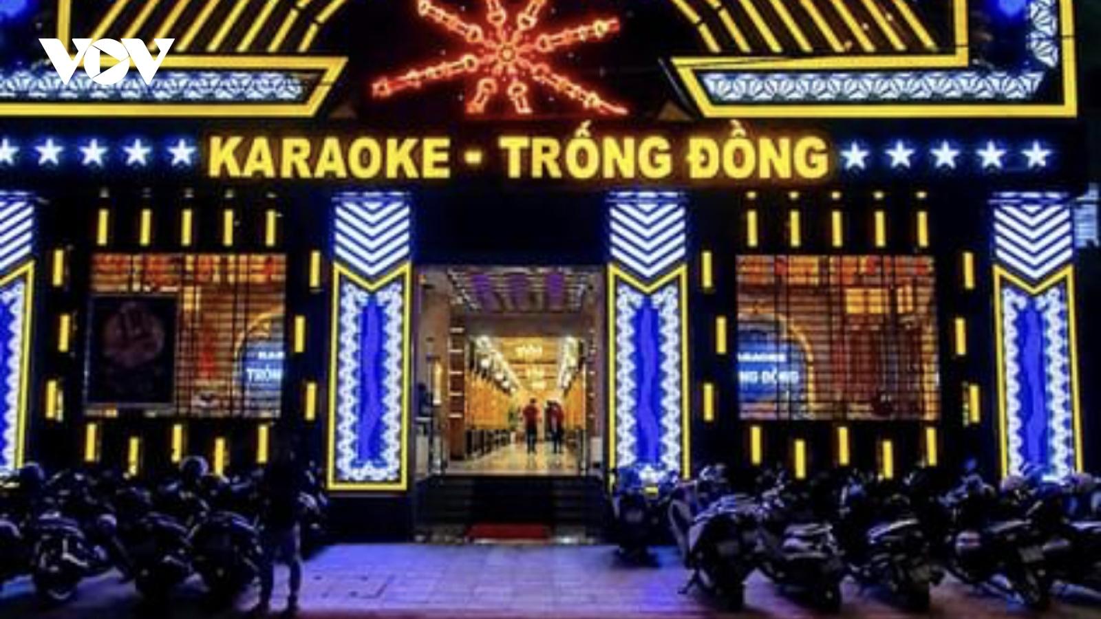Tạm đình chỉ 4 cán bộ phường để quán karaoke hoạt động giữa cao điểm dịch