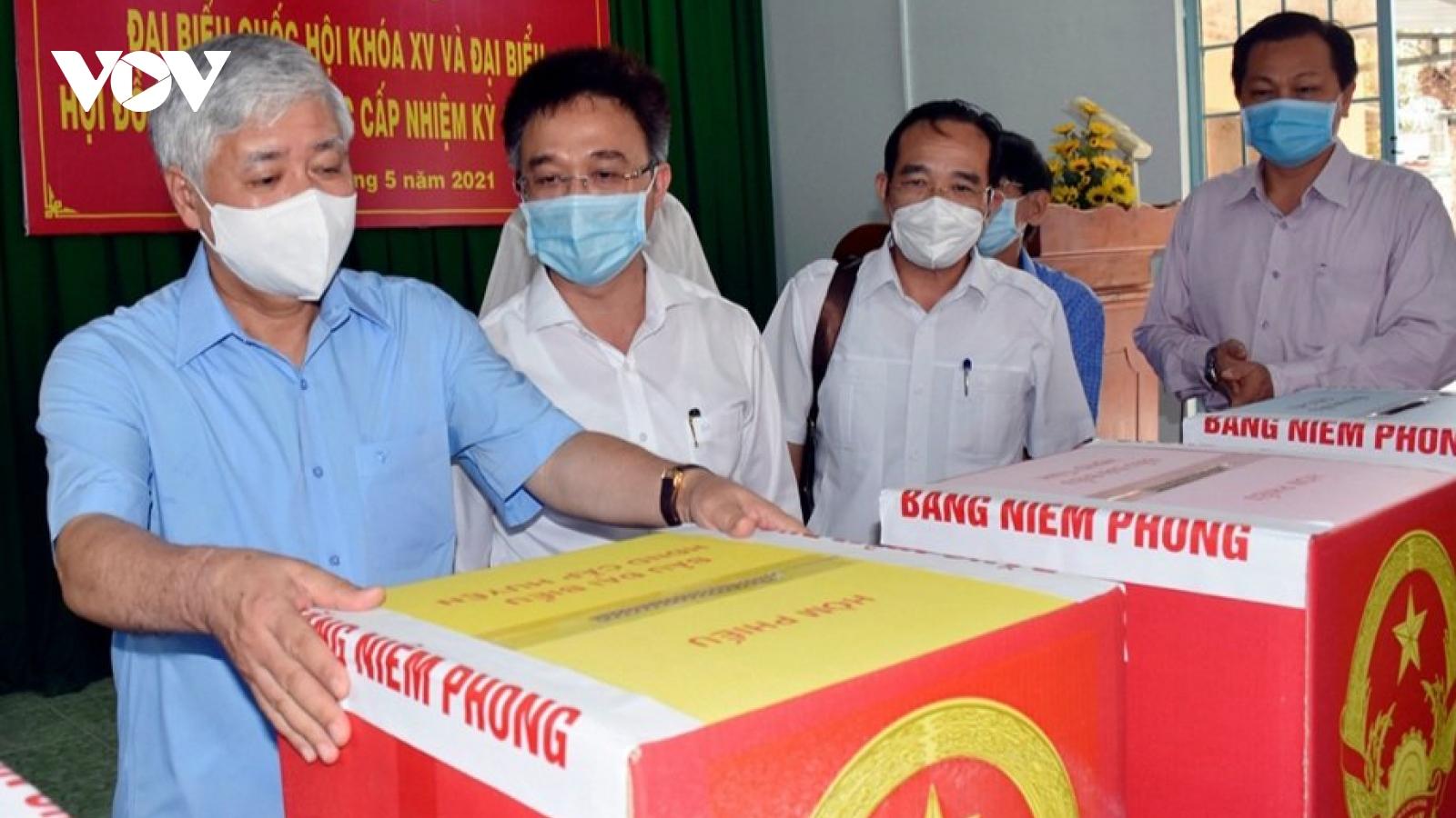 Phó Chủ tịch Hội đồng Bầu cử Quốc gia kiểm tra công tác chuẩn bị bầu cử ở Bà Rịa-Vũng Tàu