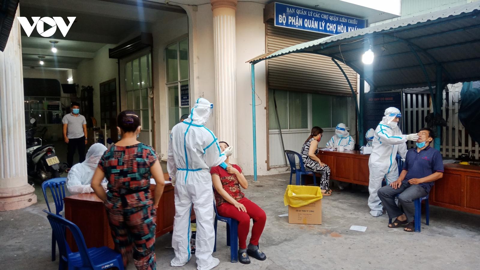 Đà Nẵng xét nghiệm SAR-CoV-2 cho 66.000 hộ gia đình