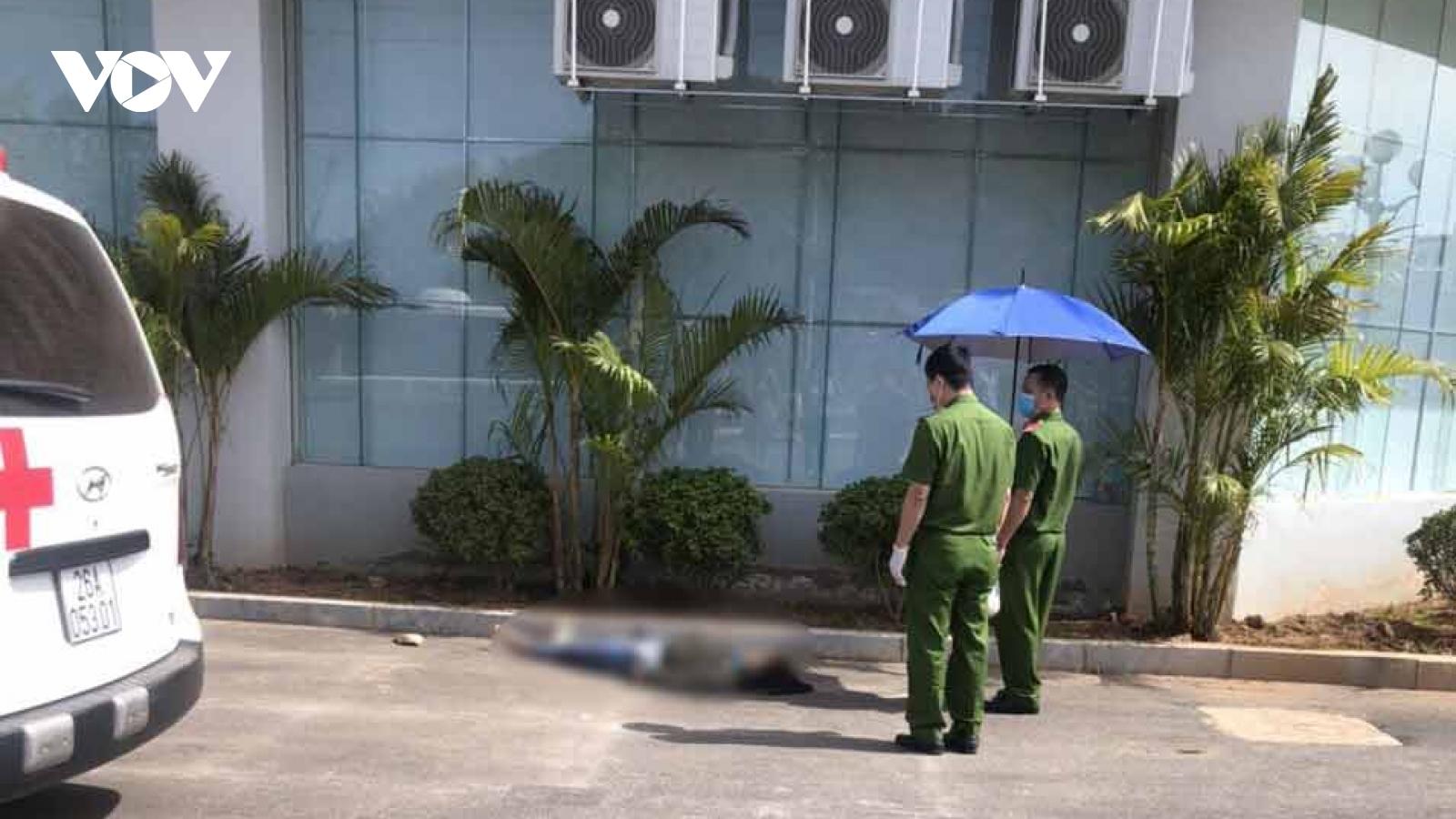 Nữ nhân viên ngành y tế ở Sơn La nhảy lầu tử vong