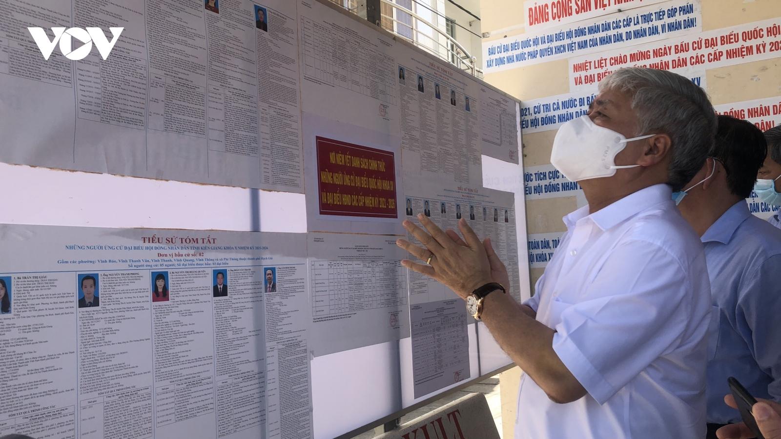 Phó Chủ tịch Hội đồng Bầu cử Quốc gia làm việc với Ủy ban Bầu cử tỉnh Kiên Giang