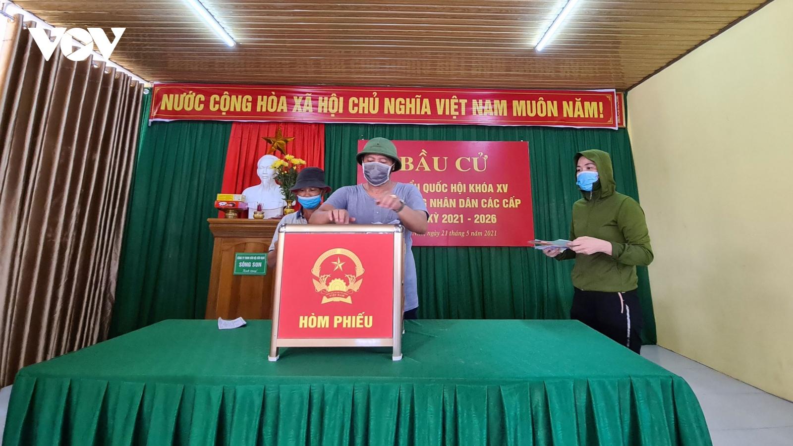 2 huyện ở Quảng Bình tổ chức bầu cử sớm do giao thông đi lại khó khăn