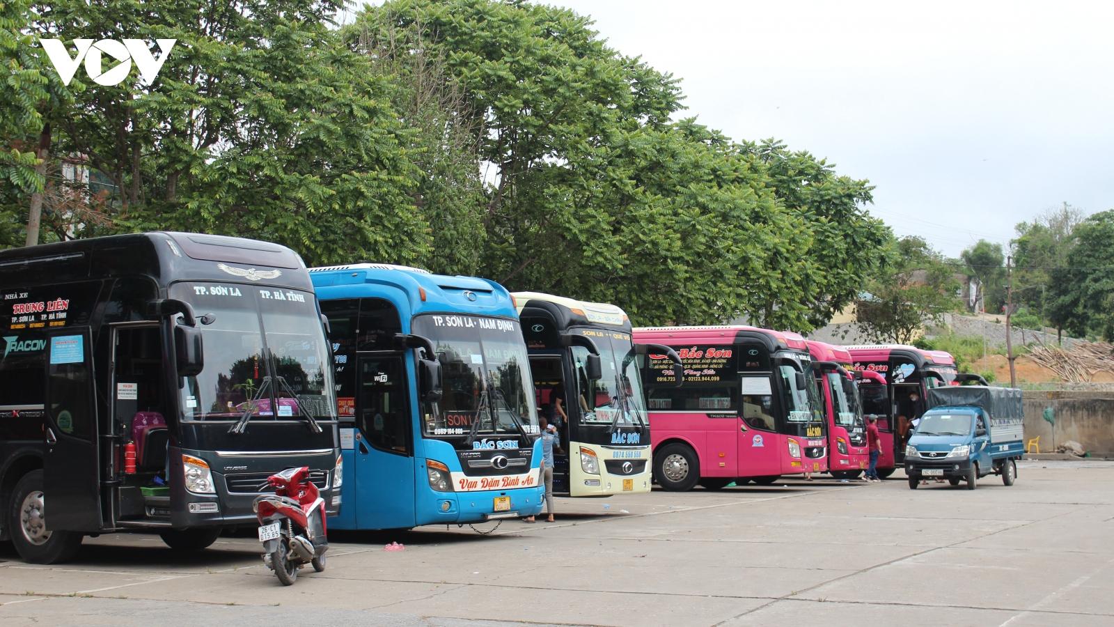 Sơn La tạm dừng hoạt động vận tải hành khách đến 9 tỉnh