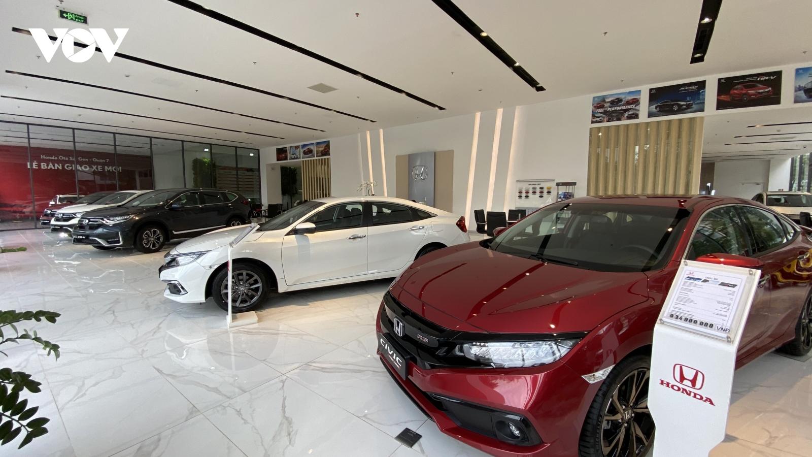 Ảnh hưởng dịch Covid-19, thị trường ô tô sụt giảm