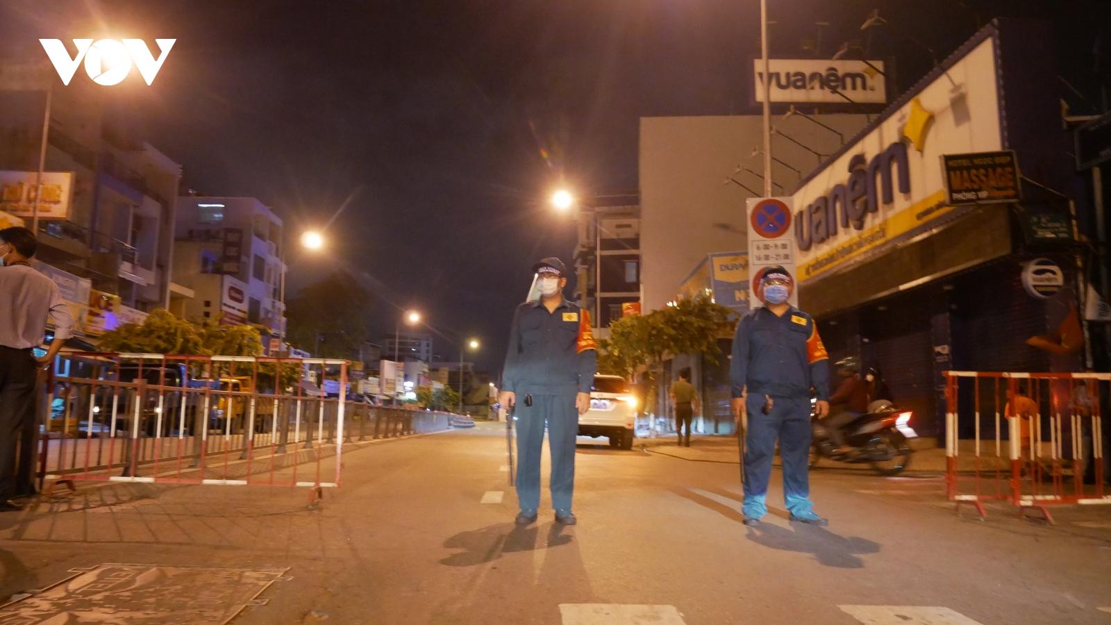 TPHCM giãn cách xã hội, các phương tiện vẫn được phép đi qua quận Gò Vấp