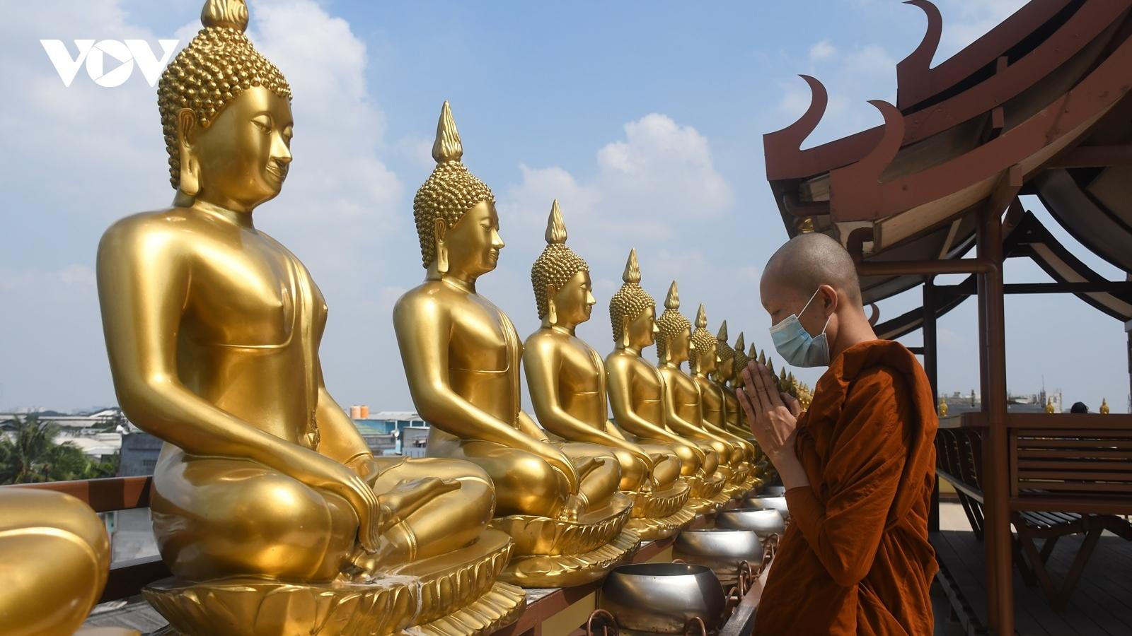 Tu viện Thái giữa Hồi quốc Indonesia - biểu tượng của khoan dung và hòa hợp tôn giáo