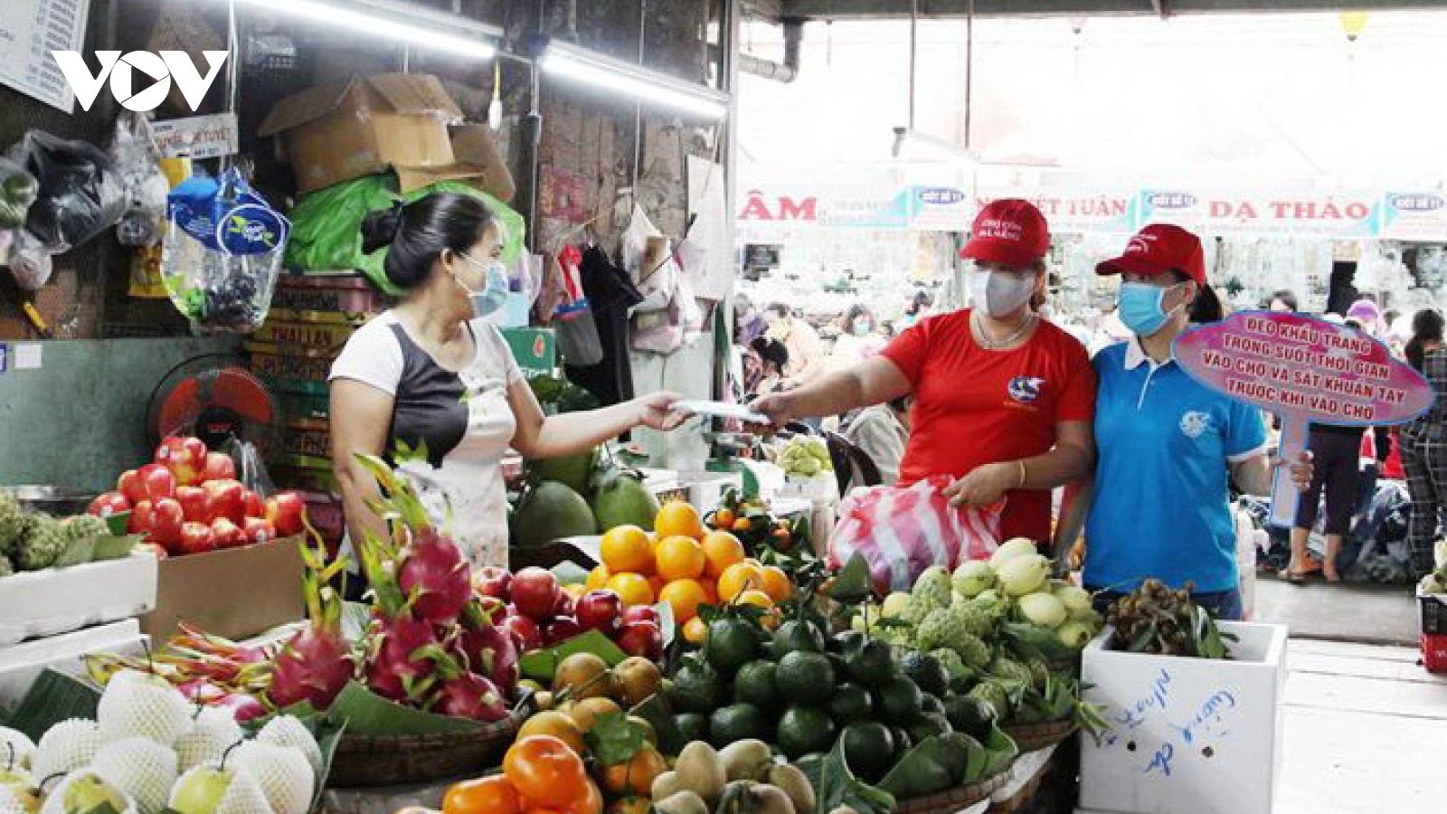 Đà Nẵng tăng cường phòng chống dịch Covid-19 tại các chợ, siêu thị