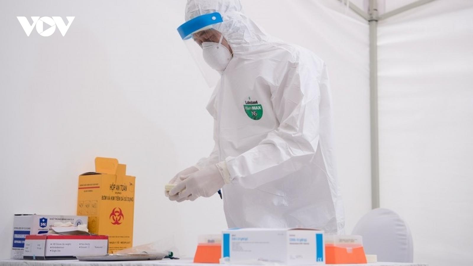 Hà Nội phát hiện 2 ca nghi mắc COVID-19 tại tòa nhà Center Point (Lê Văn Lương)