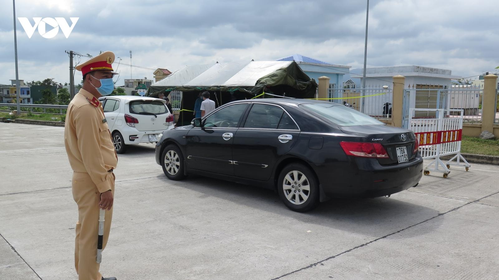 Quảng Ngãi lập 5 chốt kiểm tra y tế khu vực giáp ranh và cửa ngõ ra vào tỉnh