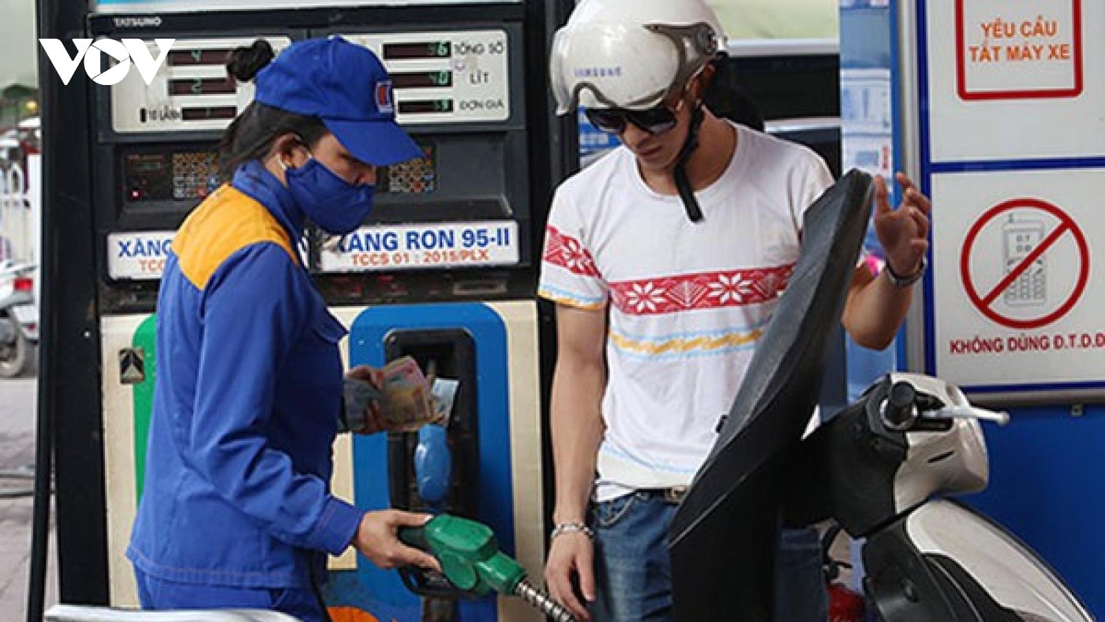 Giá bán lẻ xăng, dầu giữ nguyên