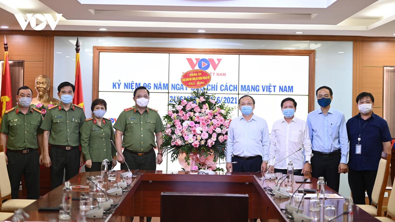Công an Hà Nội chúc mừng VOV nhân kỷ niệm Ngày Báo chí cách mạng Việt Nam