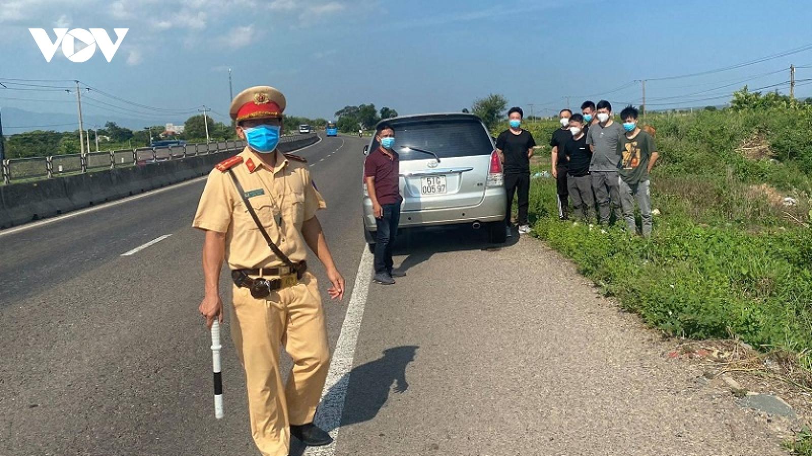 Phát hiện10 người Trung Quốc nghi nhập cảnh trái phép ở Bình Thuận và Ninh Thuận