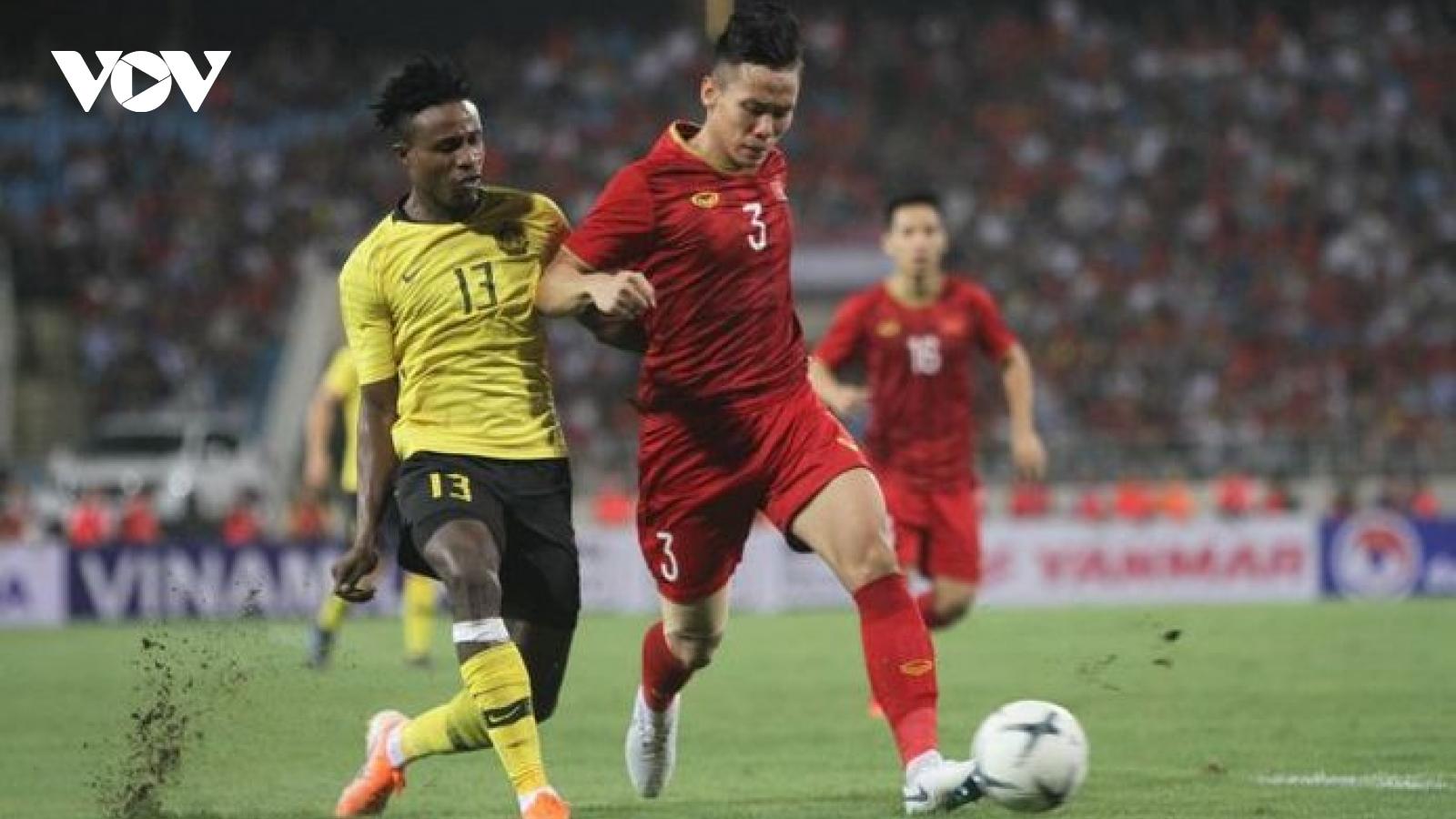 Cựu danh thủ Malaysia: ĐT Việt Nam đang chịu áp lực lớn