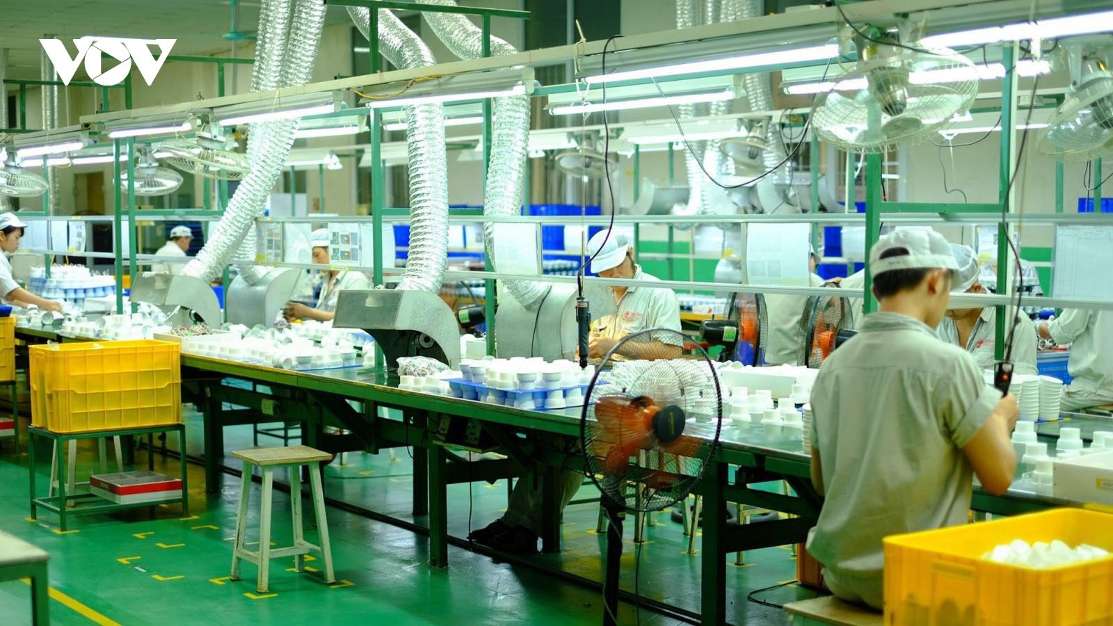 Doanh nghiệp sẵn sàng tự chi trả chi phí tiêm vaccine Covid-19 cho người lao động