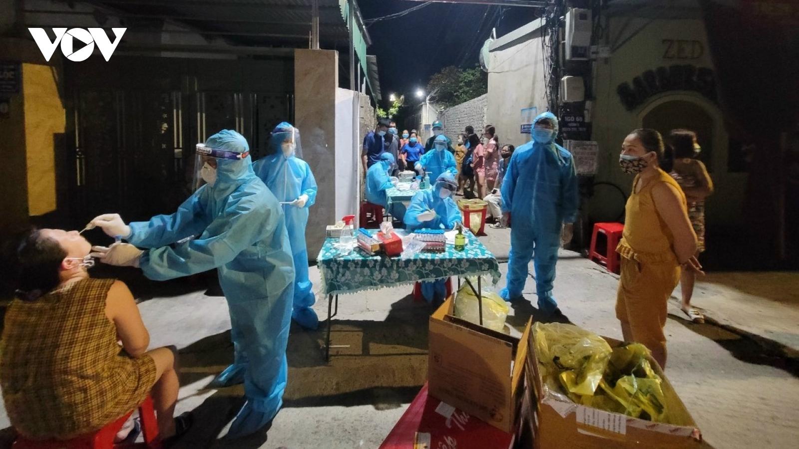 Nghệ An phong tỏa 3 khối dân cư sau ca mắc Covid-19 thứ 2 tại TP Vinh